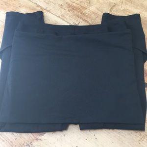 Lululemon Skirted Capri pants